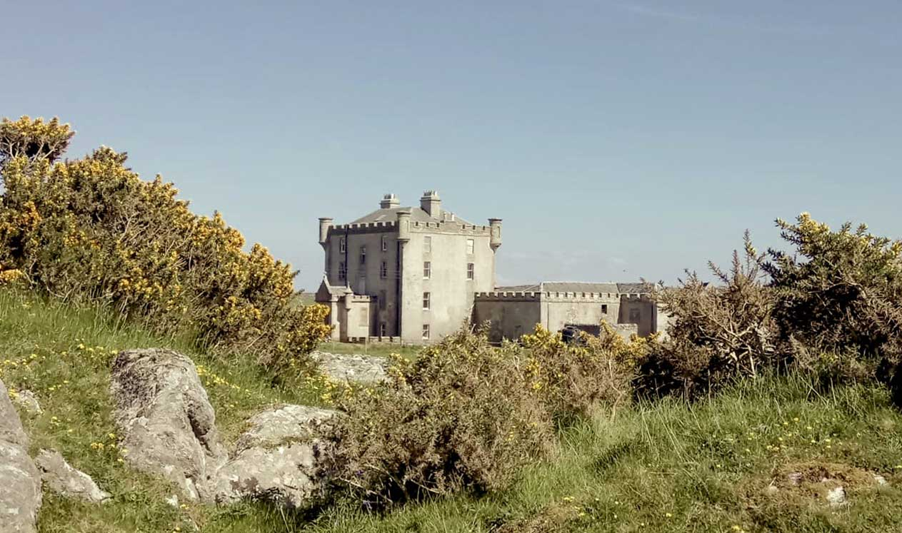 Castle to rent - Breachacha, Isle of Coll